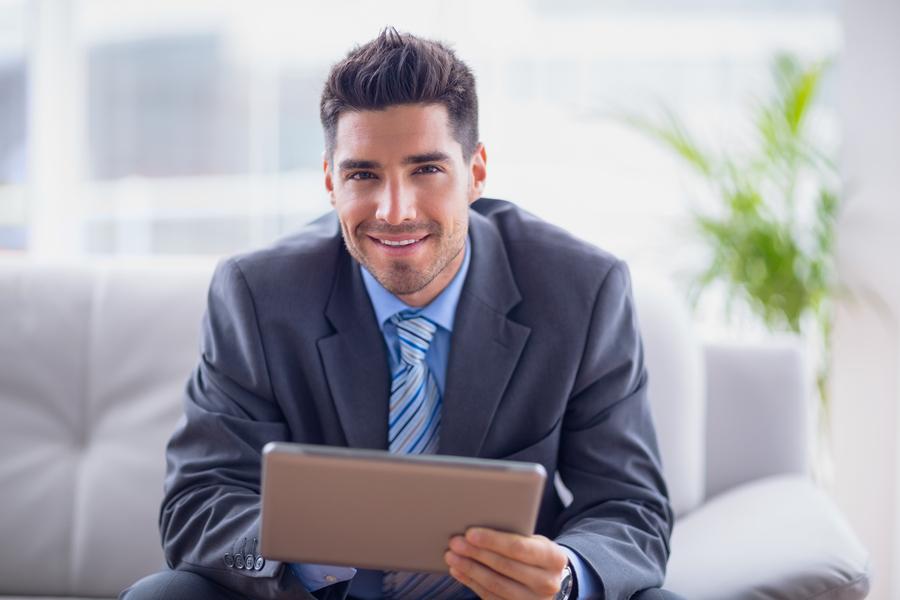 width=900 height=600></noscript></p><p>Enxergar boas oportunidades de negócio faz a diferença em todos os ramos. Ser um <strong>Agente Autorizado TW Solutions</strong> e começar a faturar alto está a apenas um passo de distância! Somos uma operadora de telefonia totalmente inovadora, com vasta experiência no mercado de Telecom e que trabalha com foco na solução de problemas e na economia. Se você se identifica com nossa visão, pode se tornar um <strong>Agente Autorizado TW Solutions </strong>e começar a receber <strong>comissões agressivas e recorrentes</strong>!</p><p>Você tem o espírito empreendedor, quer começar ou expandir seu negócio e se tornar parceiro de uma das maiores empresas de Telecom do país? Então, a hora e agora!</p><p>Ao se tornar um <strong>Agente Autorizado TW Solutions</strong>, você poderá receber incríveis <strong>comissões de até 150%</strong> sobre a venda efetuada! Os benefícios são incomparáveis. Vamos falar melhor sobre eles a seguir, mas antes confira o vídeo que preparamos para você conhecer um pouco melhor nossas soluções e nosso modelo de revenda.</p><div class=video-shortcode><iframe width=1100 height=619 src=