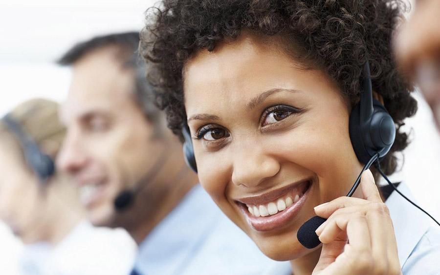 width=900 height=563></noscript></p><h2>Call Center VoIP com teste grátis: os diferenciais da TW Solutions</h2><p>Na TW Solutions, oferecemos às empresas as melhores soluções de atendimento ao cliente há mais de sete anos, inclusive quando optam pela telefonia VoIP. Desenvolvemos, para os nossos clientes, alternativas acessíveis e escaláveis para todos os tipos de negócio.</p><p>Nesse contexto, apresentamos o <strong>Call Center VoIP com teste grátis</strong> cujos recursos incluem:</p><ul><li>Contagem de ligações ativas e receptivas, classificáveis tanto por grupo quanto por usuário;</li><li>Identificação do tempo médio por atendimento e tempo conectado em status de produção;</li><li>Alertas para chamadas que excedem o tempo autorizado;</li><li>Programação de intervalos produtivos (que podem ser conferidos em nosso <strong>Call Center VoIP com teste grátis</strong>);</li><li>Identificação dos tempos médios de espera e quantidade de ligações abandonadas na fila, a fim de assegurar a qualidade do atendimento;</li><li><em>Real time </em>da fila e serviço <em>multiskill</em> – inserção ou exclusão de usuários online em mais de uma fila;</li><li>Geração de relatórios de Nível de Serviço;</li><li>Integração, via API, para abertura imediata de tela durante chamadas receptivas.</li></ul><p>Pensando justamente em atender as demandas específicas de cada um de nossos clientes, desenvolvemos planos customizados dotados de agilidade e segurança, suporte 24 horas e estrutura robusta para responder a qualquer eventualidade.</p><p>Gostou do artigo? Então, não perca a oportunidade de conhecer nosso <strong>Call Center VoIP com <a href=https://twsolutions.com.br/>teste grátis</a></strong> e promova um upgrade tecnológico em sua empresa!</p><p><a href=https://www.twsolutions.com.br target=_blank rel=noopener><img src=https://www.twsolutions.com.br/wp-content/plugins/lazy-load/images/1x1.trans.gif data-lazy-src=https://blogdovoip.com.br/wp-content/uploads/2015/09/banner-chamada-site.p